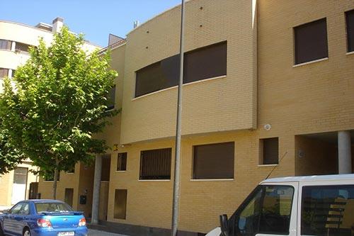 Adosados en Zaragoza - fachada edificio Babilonia III