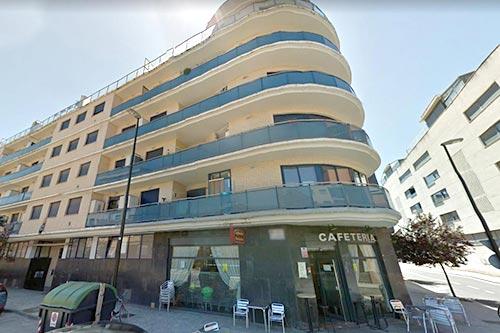 fachada edificio mediodia Camino del Vado Zaragoza