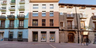 Comprar apartamento en Zaragoza Fachada Edificio Bicentenario - Calle Heroísmo Zaragoza